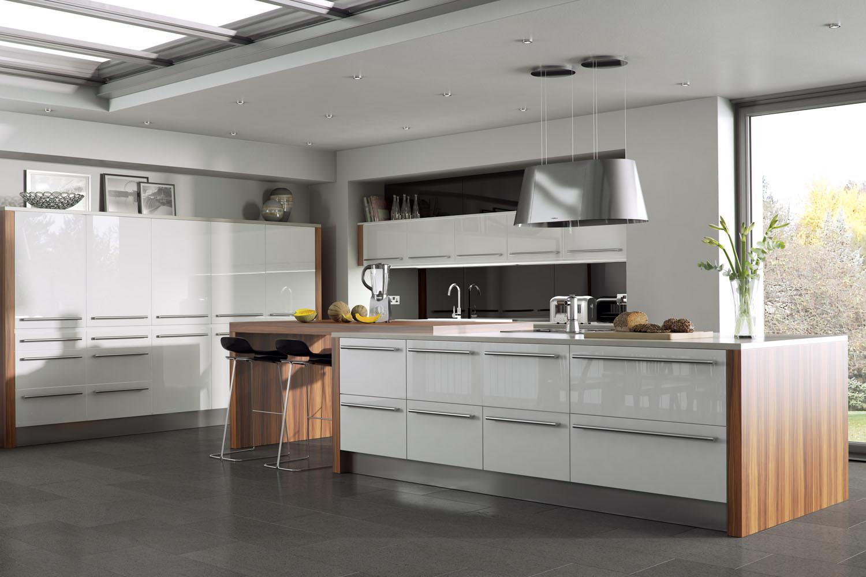 Dark Kitchen Cabinets And Light Quartz